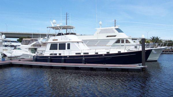 Legacy Yachts Flybridge Sedan