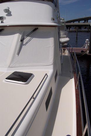 2004 Legacy Yachts Flybridge Sedan For Sale Purchase