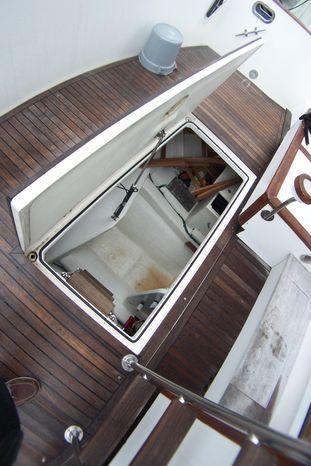 2004 Legacy Yachts Flybridge Sedan For Sale Massachusetts