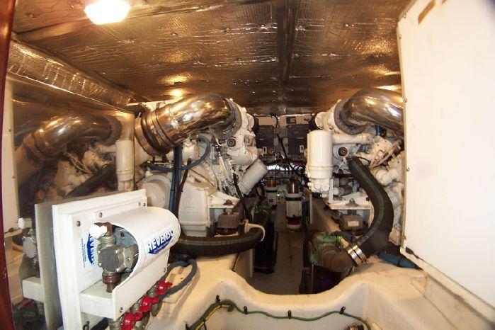 2004 Legacy Yachts Flybridge Sedan For Sale Maine