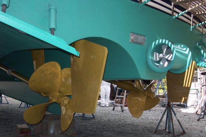 2004 Legacy Yachts Flybridge Sedan Brokerage Sell
