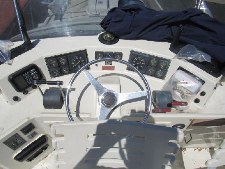 Tollycraft Sport Sedan image