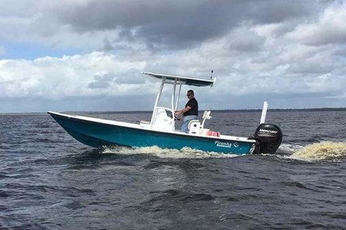 Piranha Casador B2200 image