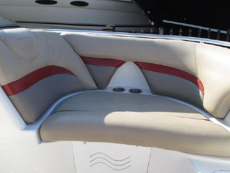 Hurricane 2000 Sun Deck image