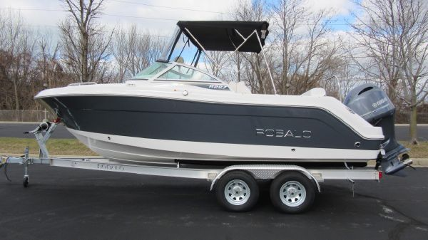 Robalo R227 Dual Console TRAILER INCLUDED