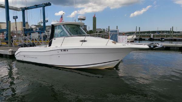 Seaswirl Striper 2601 Walkaround