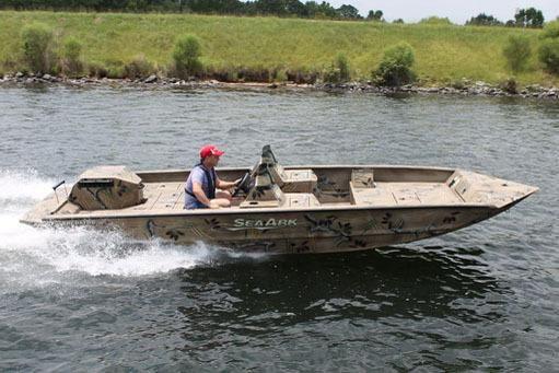 2021 SeaArk Predator 200 FS