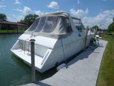 Wellcraft 34' Gran Sport Express Cruiser image