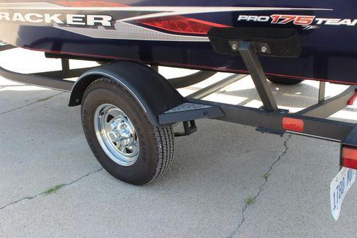 Tracker Pro Team 175TF image