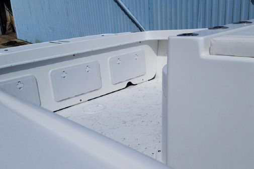 C-Hawk 29 Center Console image