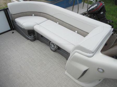 Tahoe Pontoon LTZ Cruise - 22' image