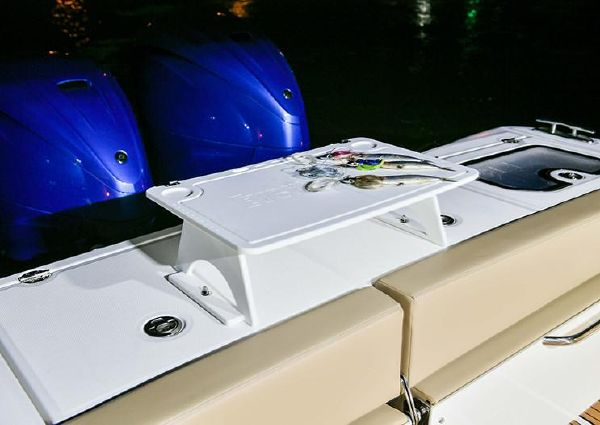 Everglades 395 Center Console image