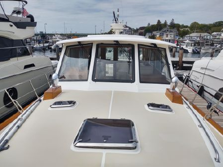 Grand Banks Eastbay 46 SX image