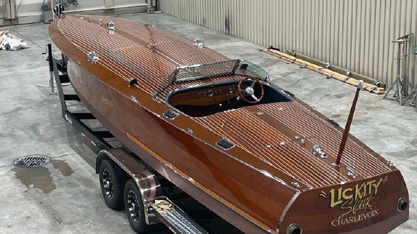 Hacker-Craft 29 Long Deck Gentleman's Racer