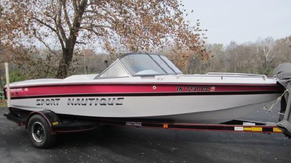 Correct Craft Nautique Sport