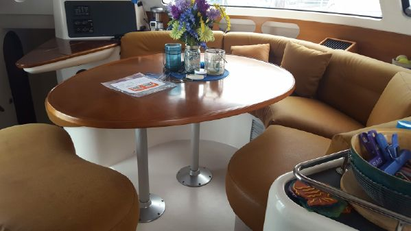 Fountaine Pajot Belize 43 image