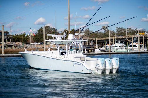 Yellowfin 42 image