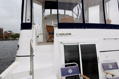 Carver 444 Cockpit Motor Yacht image