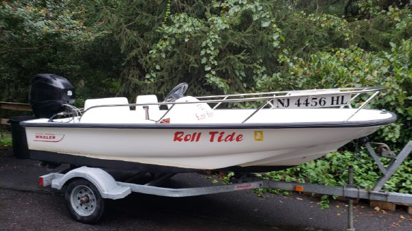 Boston Whaler 130 Sport w TRAILER