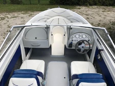 Bayliner Discovery 195 image