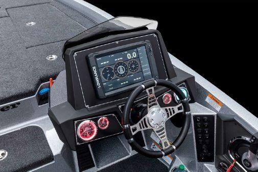 Ranger Z519L Touring w/ Minn Kota Charger image