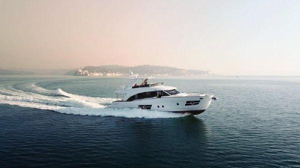 Greenline OceanClass 68