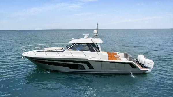 Ocean Alexander 45 Divergence Coupe