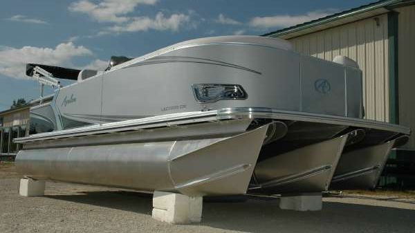 Avalon 22' LSZ Cruise Tri-Toon