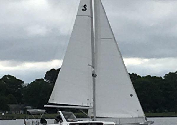 Beneteau Oceanis 38 image