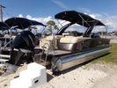 Avalon Excalibur Quad Lounge Windshield - 27'image