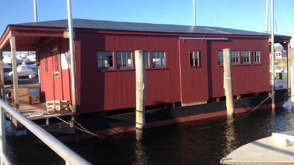 Rick Brown Houseboat Side view