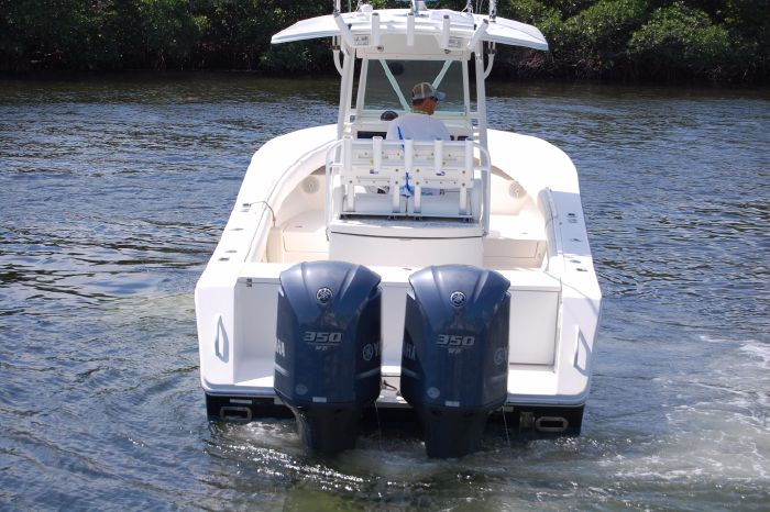2008 Regulator 32 Forward Seating For Sale Connecticut