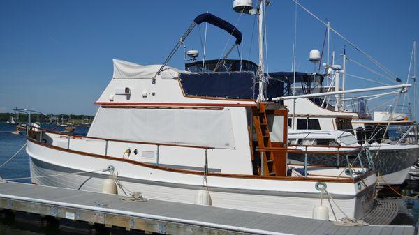 Grand Banks Flybridge Trawler