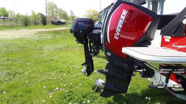 Striper 230 Duo Console image