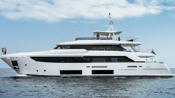 online store 60fa5 9e755 Ferretti Yachts for Sale - Approved Boats