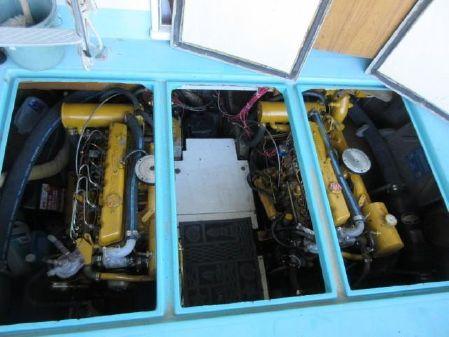 Tollycraft 34 Flybridge Sedan image