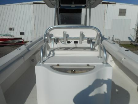 Twin Vee 29 Center Console image