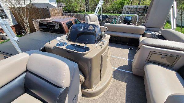 Premier 250 Grand Isle PTX Tri Tune image