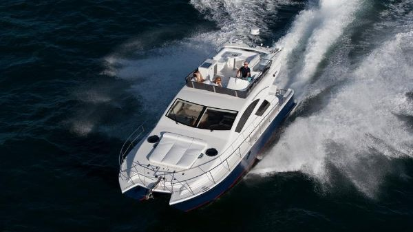 Mares Catamaran 45 Motor Yacht Mares Catamaran 45 Ft