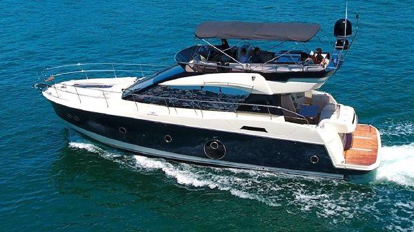 Beneteau Monte Carlo MC5 Flybridge