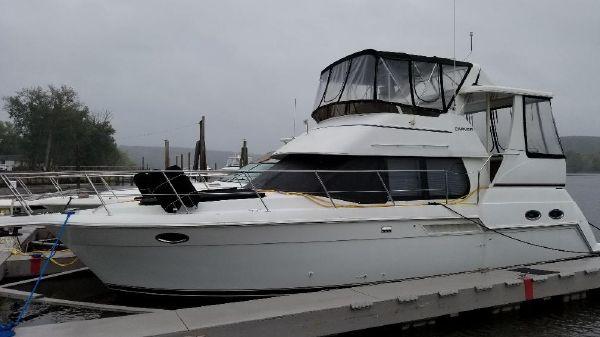 Carver 356 Motor Yacht Rae Ray