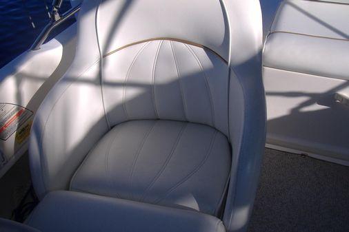 Sea Ray SunDeck image