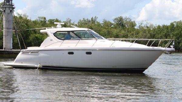Tiara Yachts 4300SOVRAN