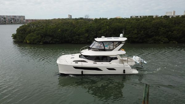 Aquila 44 Power Catamaran