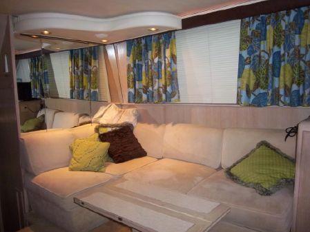 Hatteras 40 Double Cabin Motor Yacht image