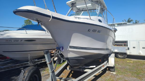 Seaswirl Striper 2300