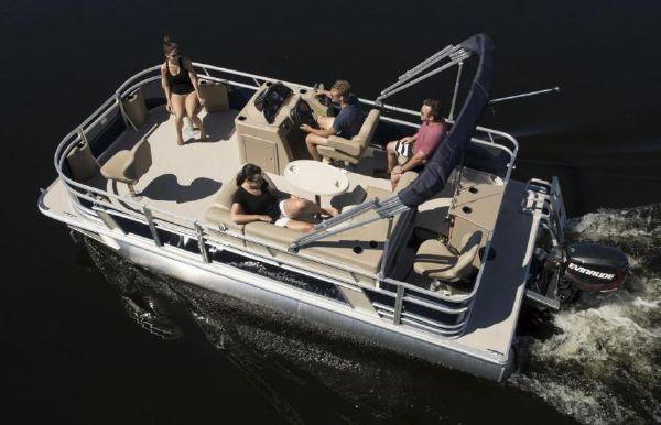 2018 SunChaser Geneva Cruise 20 4.0 Fish