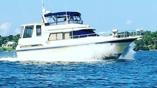 Vista Flushdeck Motor Yacht