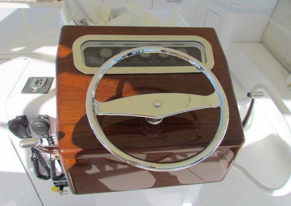 Hatteras 60 Convertible image