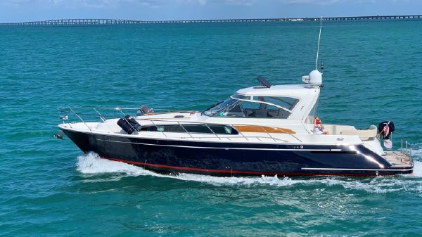 Chris-Craft Roamer 43